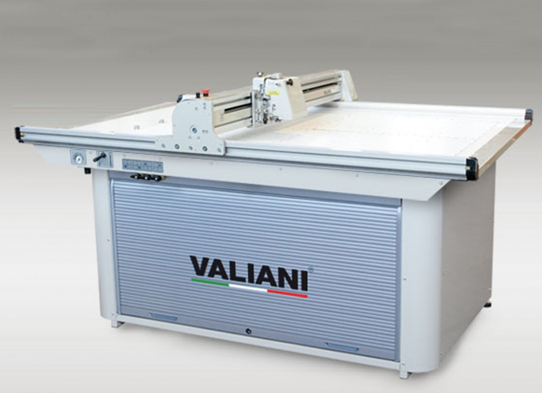 VALIANI Mat Pro Ultra V 150
